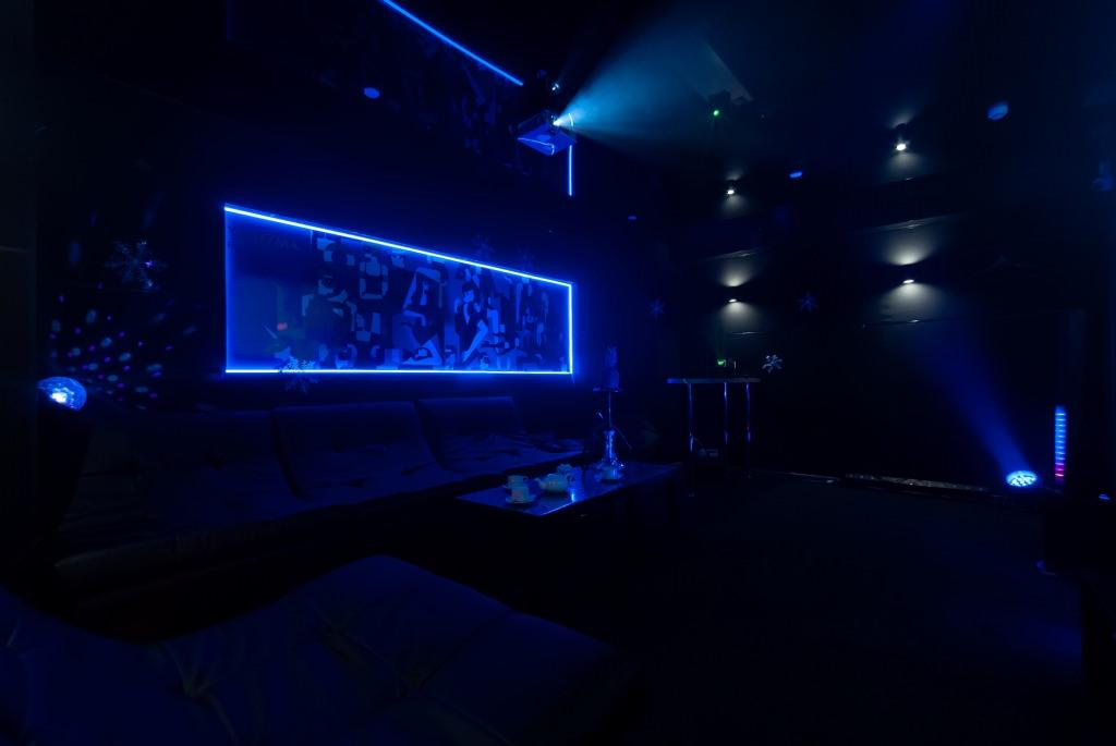 отдельная вип комната №6